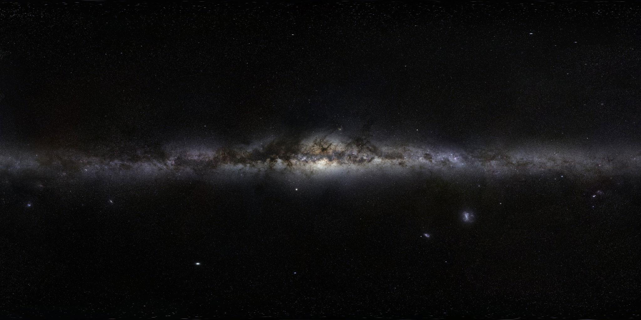 Samanyolu'nun 800 milyon piksellik fotoğrafı. [ESO / Serge Brunier, Frederic Tapissier]