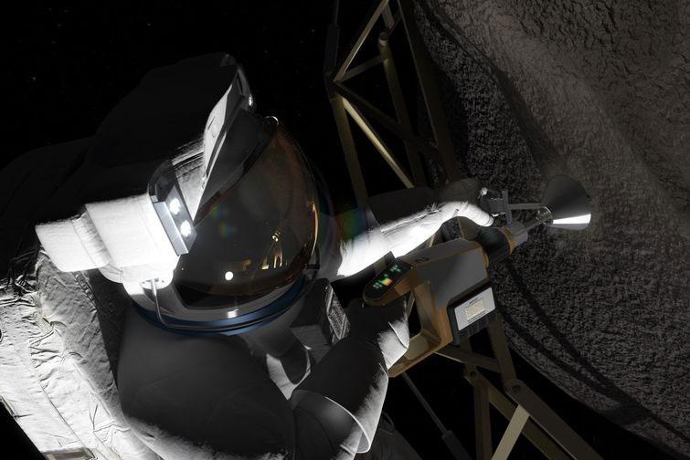 Ay'ın uydusu üzerinde astronotlar birçok görev gerçekleştirerek Phobos'a hazırlanacaklar. [NASA]