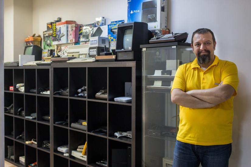 Murat Oktay.