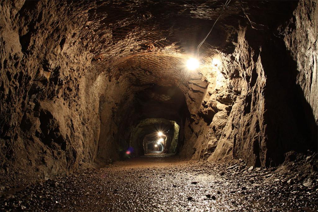 Riese Projesi'nden geriye kalan bir tünel. [Wikipedia]