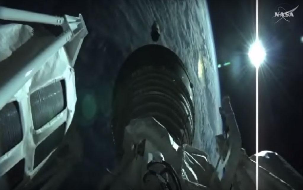 Cygnus'un yörüngedeki görüntüsü. [NASA TV]