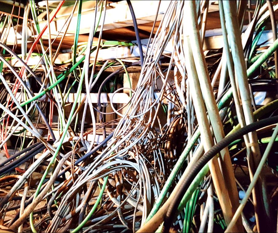 Ayıklanması gereken kablolardan bir kısmı. [CERN]