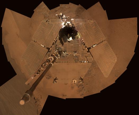 Opportunity'nin solar panelleri Marslı tozlarıyla kaplıyken.