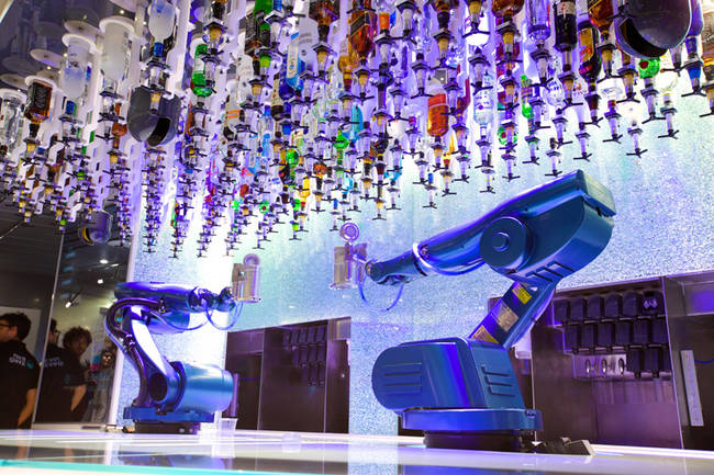 robot-bar-tenders-1