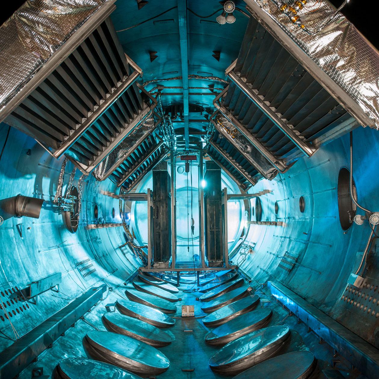 NASA Space Power Facility'de yer alan dünyanın en büyük vakum odası. [NASA]