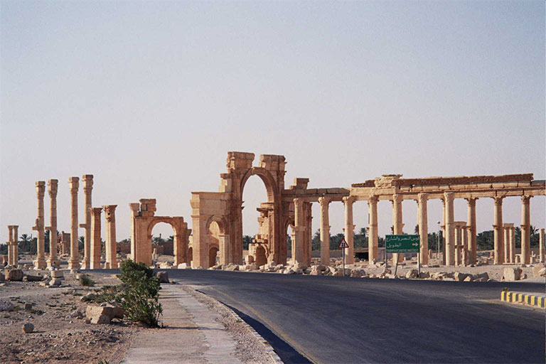 Zafer Anıtı. [Wikipedia]