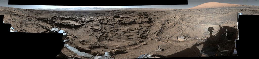 Naukluft Platosu zirvesinden Mars'ın 360 derece panoraması. [NASA]