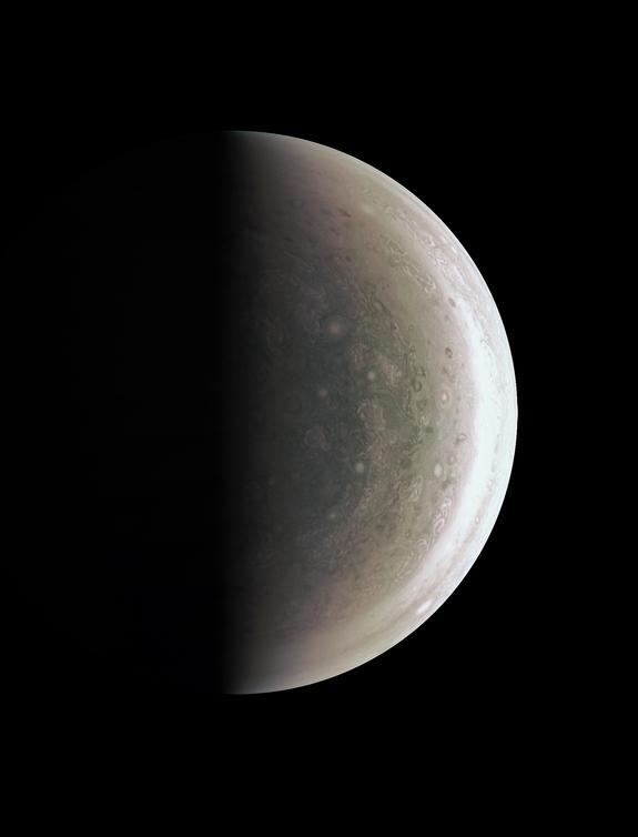 Jüpiter'in güney kutbu.