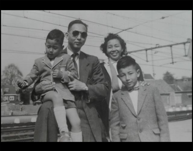 Endonezya'dan Hollanda göçmeni Pascal Laurens`in ailesi