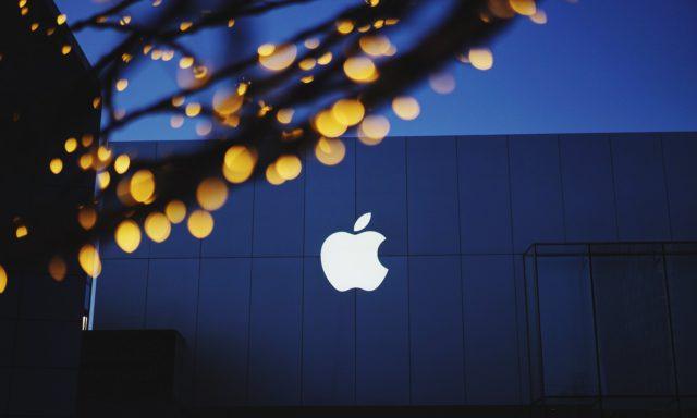 Apple iOS 13.4